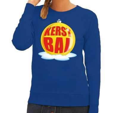 Foute foute kersttrui kerstbal geel op blauwe sweater voor dames