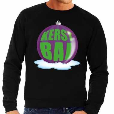 Foute foute kersttrui kerstbal paars op zwarte sweater voor heren