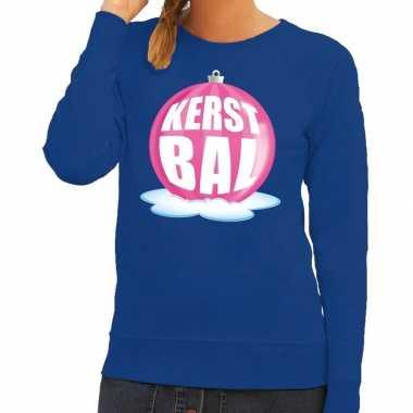 Foute foute kersttrui kerstbal roze op blauwe sweater voor dames